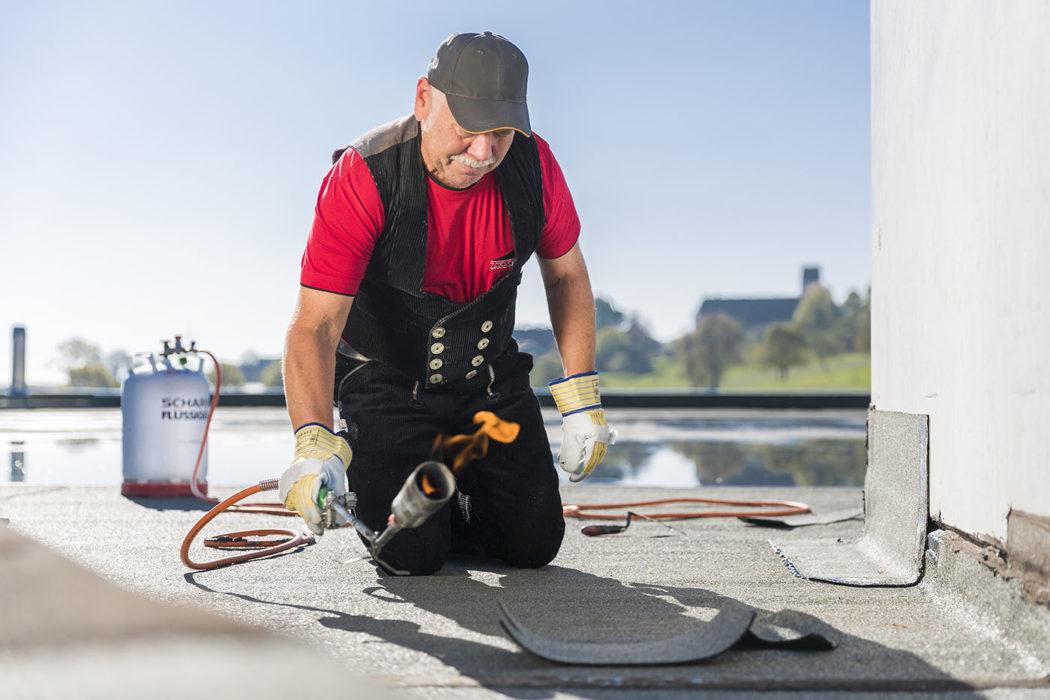 Dachdecker Gas Bitumen