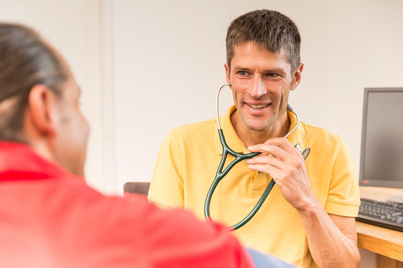 Internist Stethoskop Arzt