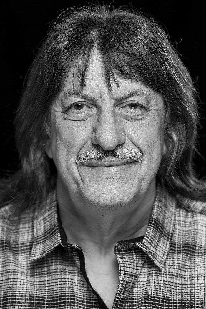 Portrait von Musiker Ric Lee