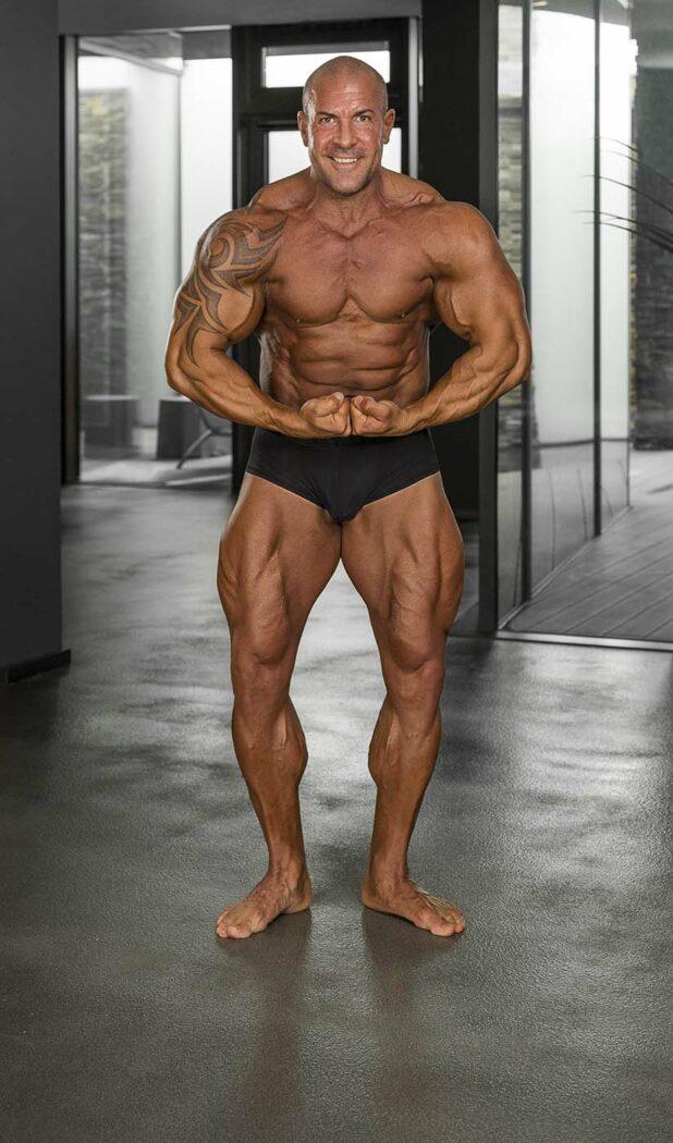 IFBB Profi Roger Tanner Bodybuilder aus der Schweiz